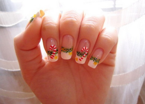Finding Brilliant Christmas Nail Art Designs To Get Into The Holiday Mood
