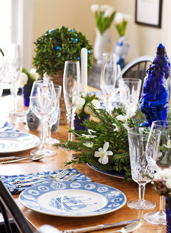 Classic And Elegant Hanukkah Decor Ideas72
