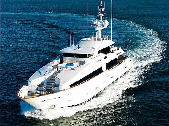 Masteka II Luxury Private Charter Cruise Boat On Sydney