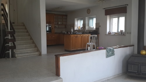 This was the kitchen before we bought the house.