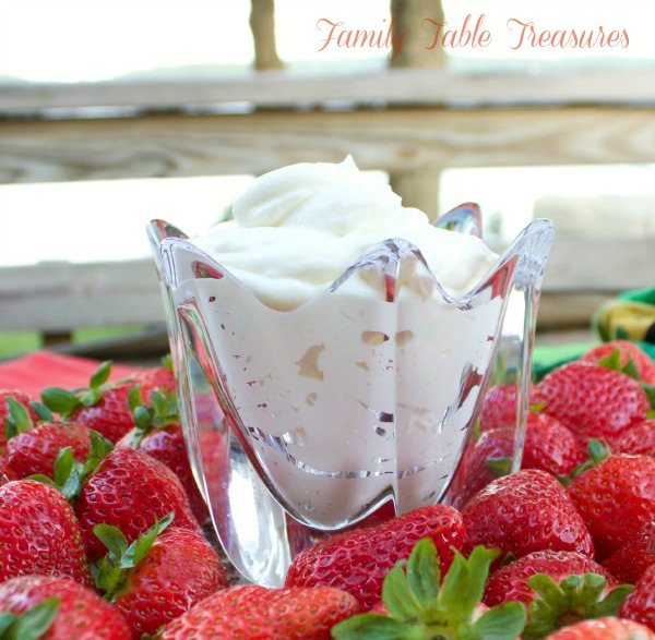 Creamy White Chocolate Fruit Dip