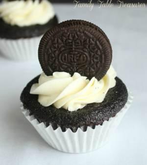 Delicious Cookies and Cream Cupcake Recipe