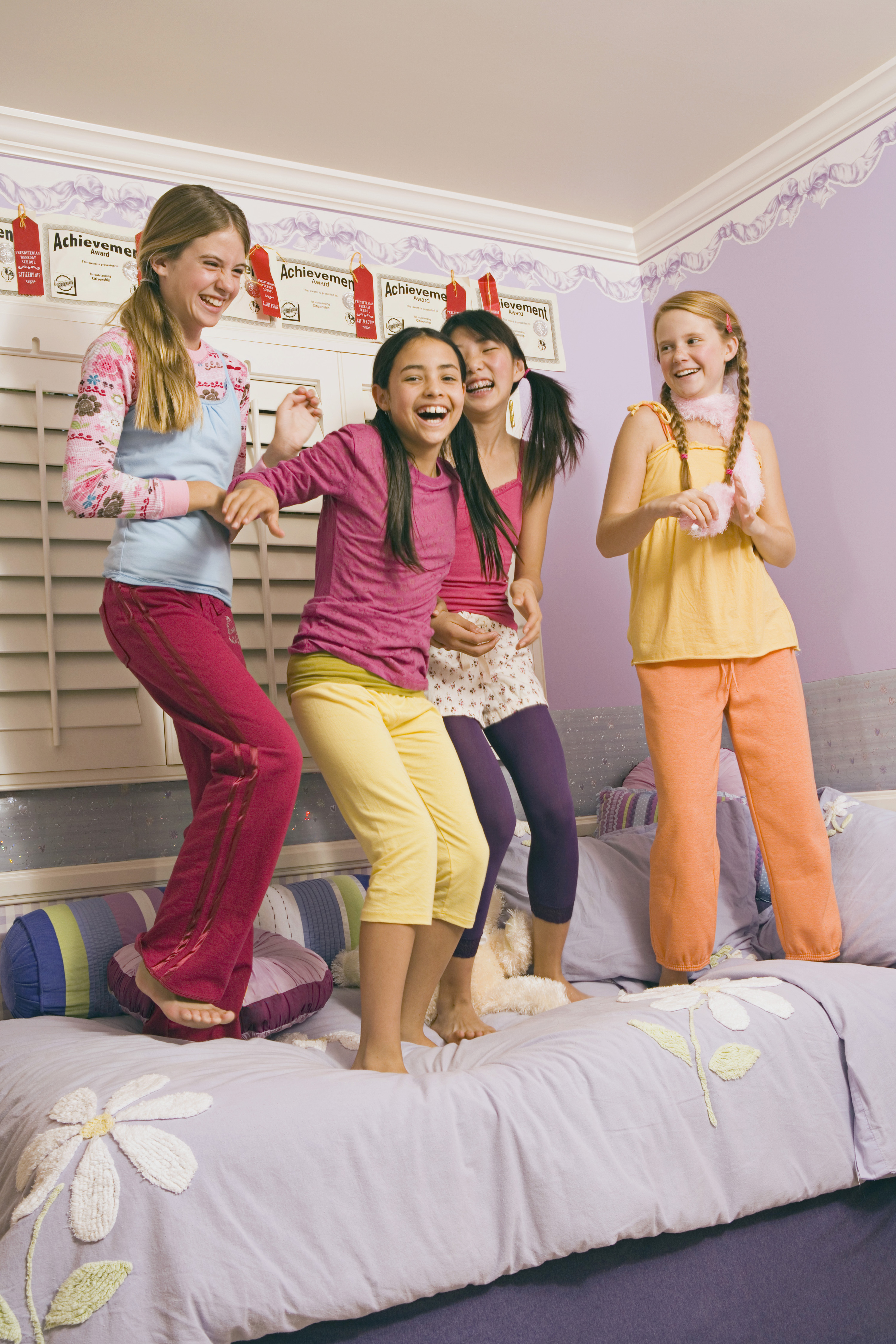 how to plan a cool sleepover