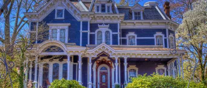 victorian house painted lady architecture bed and breakfast 161938 700x300 - We treat our clients like family.