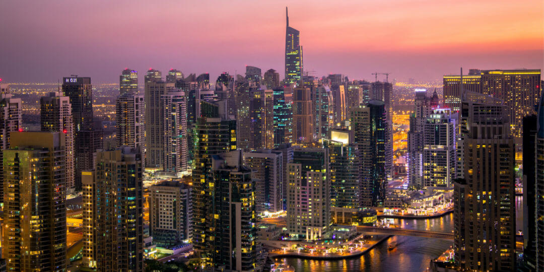 How to get between Dubai and Abu Dhabi