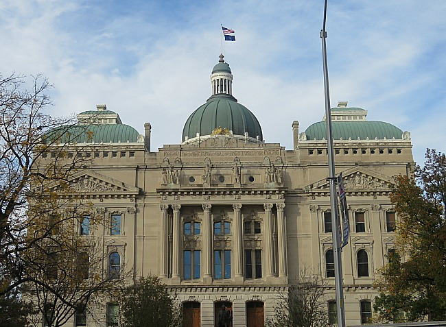 Run the Indianapolis Monumental Marathon