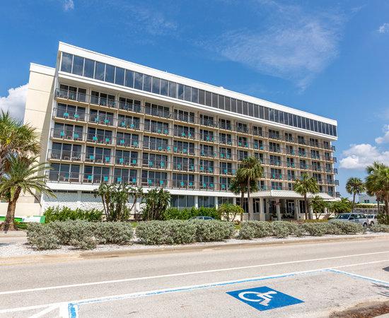 Holiday Inn Lido Beach, Sarasota: 2019 Room Prices $135