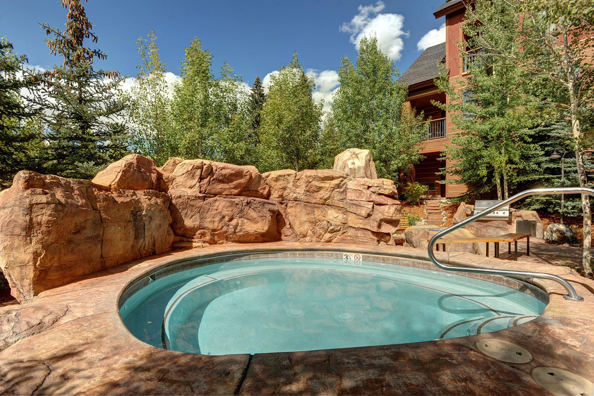 The Springs Hot Tub at Keystone Resort; Courtesy of Keystone Resort