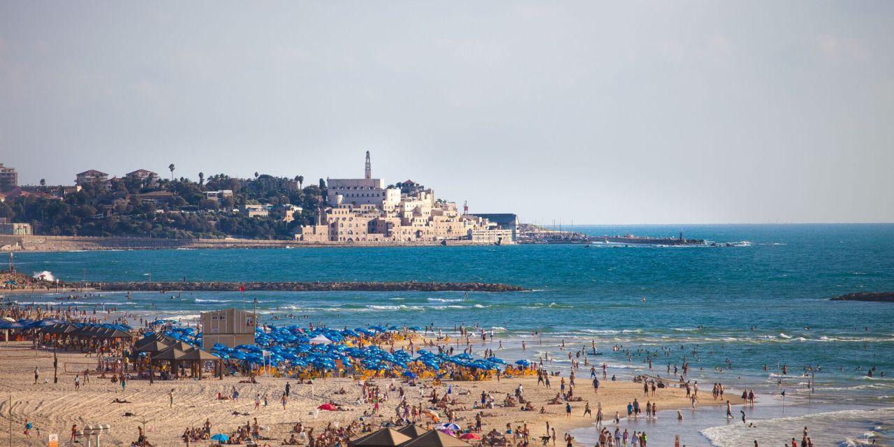 Tel Aviv Beach; Courtesy of Israel Ministry of Tourism