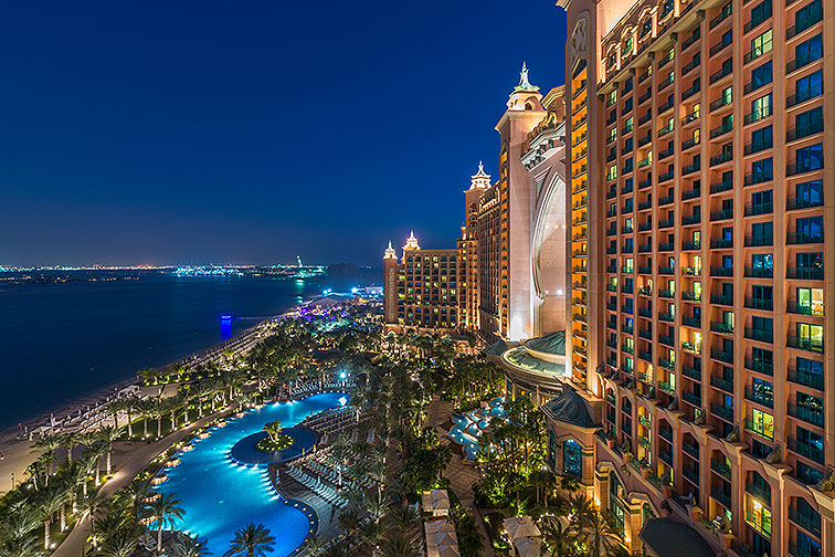 Atlantis The Palm at Night