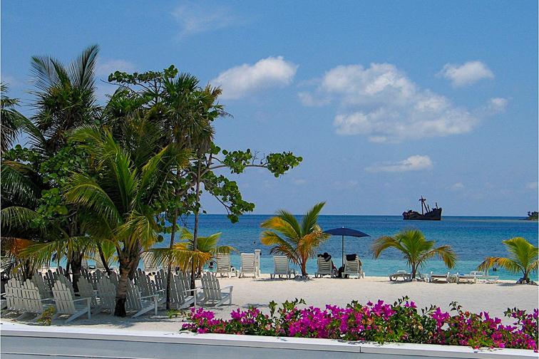 Mahogany Bay,Roatán, Honduras; Courtesy Carnival Cruise Line