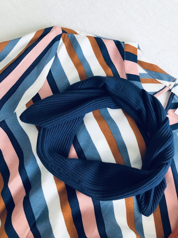 Blauwe haarband in zachte ribstof