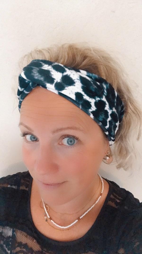 Leopard in grijs, blauw en wit