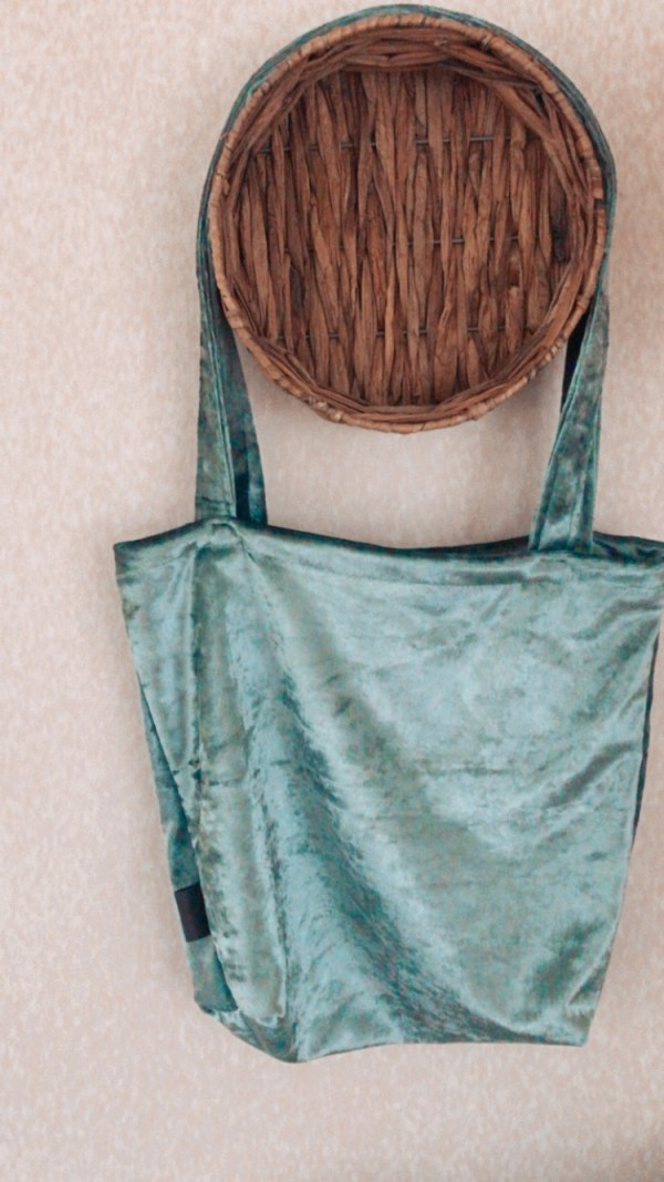 Mombag groen fluweel mamatas