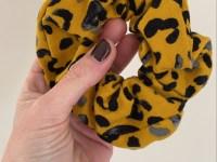 Scrunchie: luipaard oker
