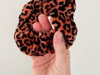 Scrunchie: luipaard roestbruin velours