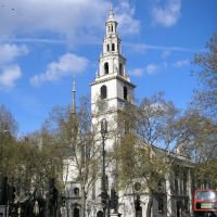 St Clement Danes London