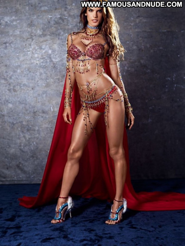 Alessandra Ambrosio Victoria Secret Babe Posing Hot Fantasy Bra
