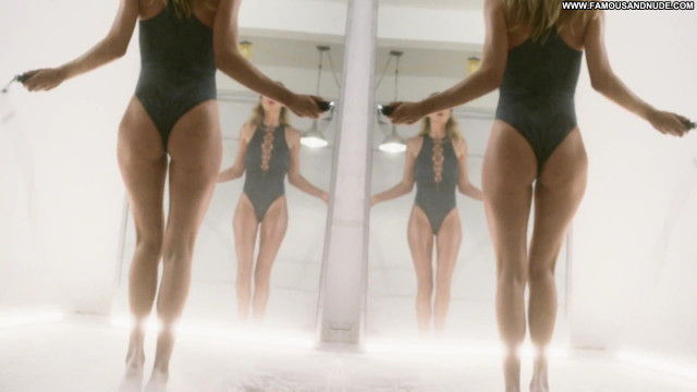 Bijou Phillips Anna Nicole Singer Dad Xxx Hot Hat Bar Celebrity Sexy