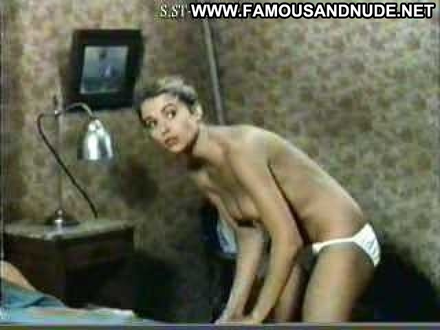 Valerie Allain Club De Rencontres Topless Posing Hot Hd Hot Famous