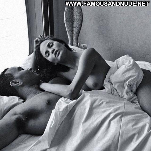 Chrissy Teigen Babe Cute Asian Hot Celebrity Tits Posing Hot Showing