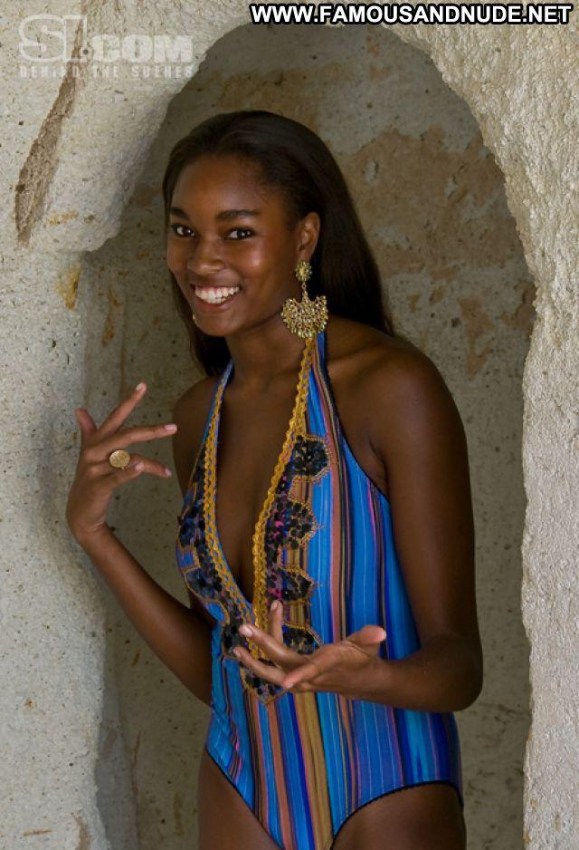 Bikini Nude Ebony Models Pics Pics