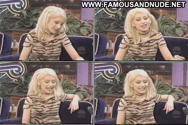 Christina Aguilara Blonde Celebrity Babe Posing Hot Famous Blue Eyes