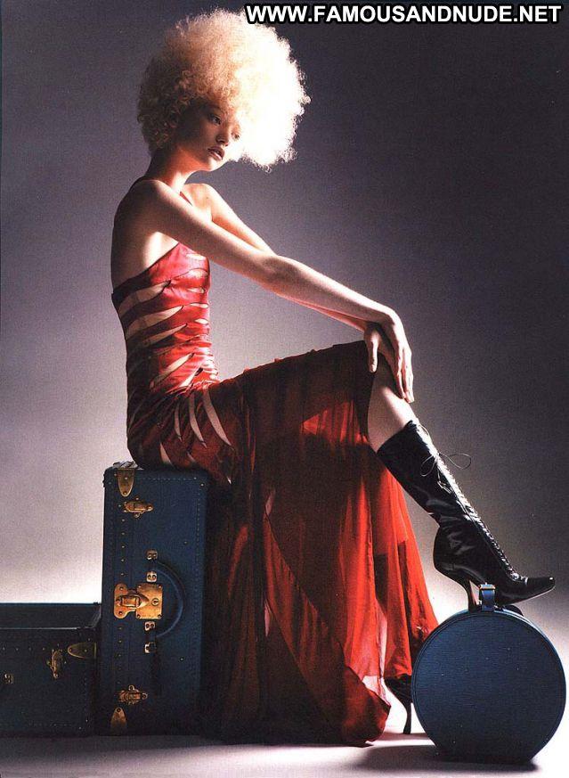 Gemma Ward Famous Hot Green Eyes Posing Hot Blonde Celebrity Cute