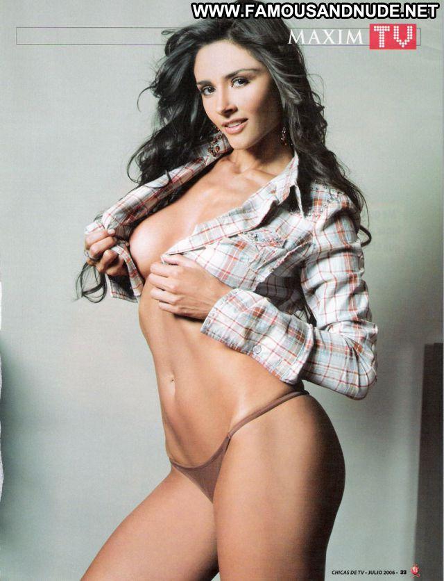 Dorismar Brunette Latina Celebrity Posing Hot Babe Big Tits Posing