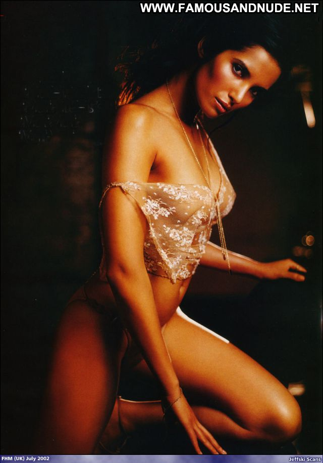 Padma Lakshmi Famous Actress Showing Tits Celebrity Doll Hot