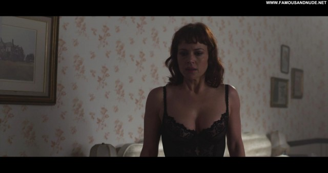 Carla Gugino Tell Tale Mom Movie Lesbian Actress Ass Tits
