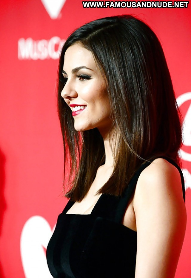 Victoria Justice Pictures Teen Celebrity Gorgeous Sexy Actress Nude