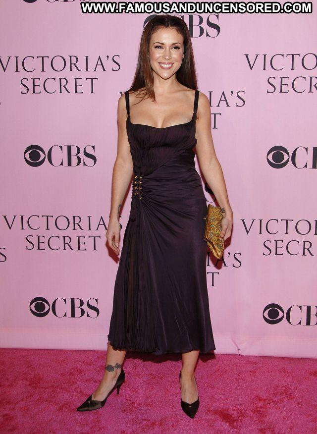 Alyssa Milano Celebrity Celebrity Sexy Brunette Famous Sexy Dress