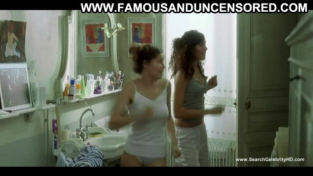 Laetitia Casta Bathroom Lesbian Scene Beautiful Famous Horny