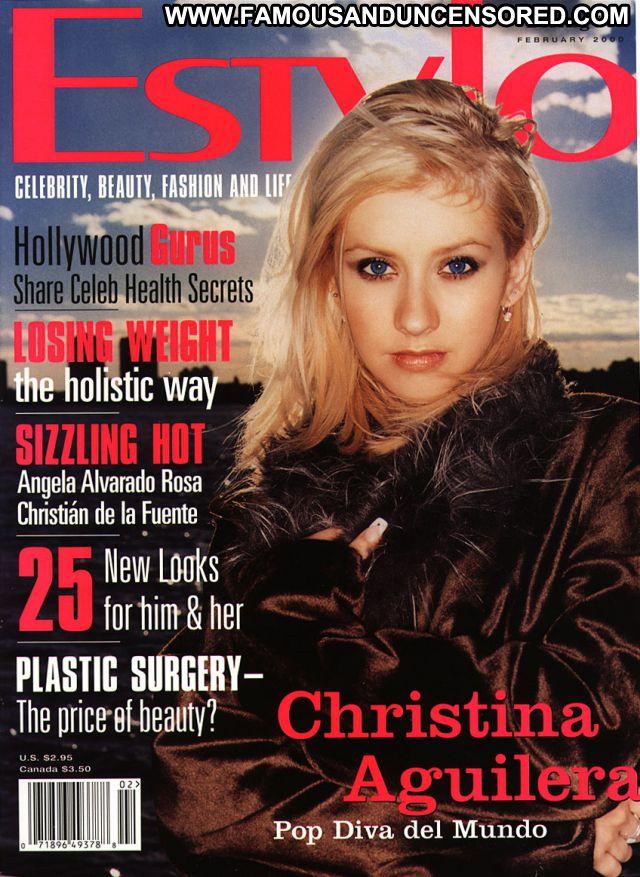 Christina Aguilara Posing Hot Famous Celebrity Singer Blue Eyes