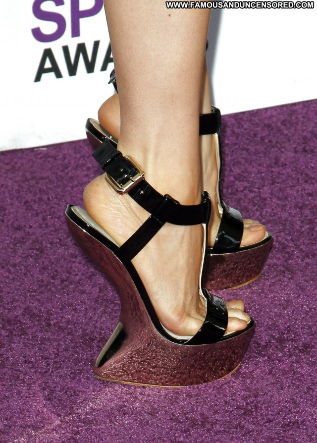 Lucy Liu Pictures Asian Amateur Legs Sexy Celebrity Feet Actress