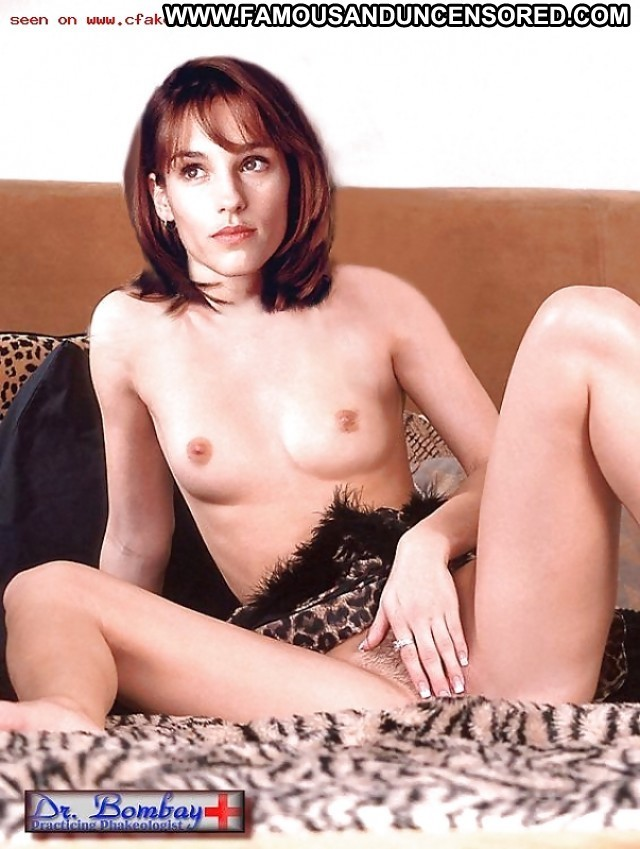 Amy Jo Johnson Pictures Celebrity Posing Hot Actress Babe Hd Hot Cute