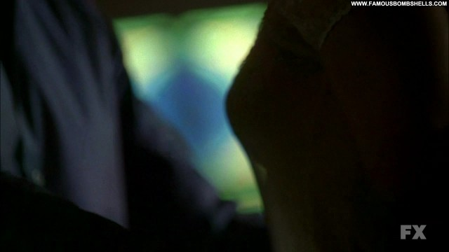 Mena Suvari American Horror Story Blonde Celebrity Posing Hot Small