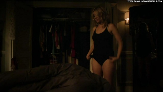 Amy Smart Justified Sensual Posing Hot Bombshell Blonde Celebrity