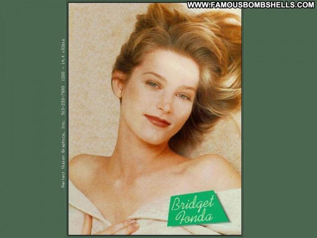 Bridget Fonda Miscellaneous Sensual Celebrity Bombshell Pretty Skinny