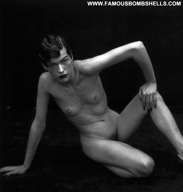 Milla Jovovich Nude Reality Hollywood Famous Amateur Live Celebrity