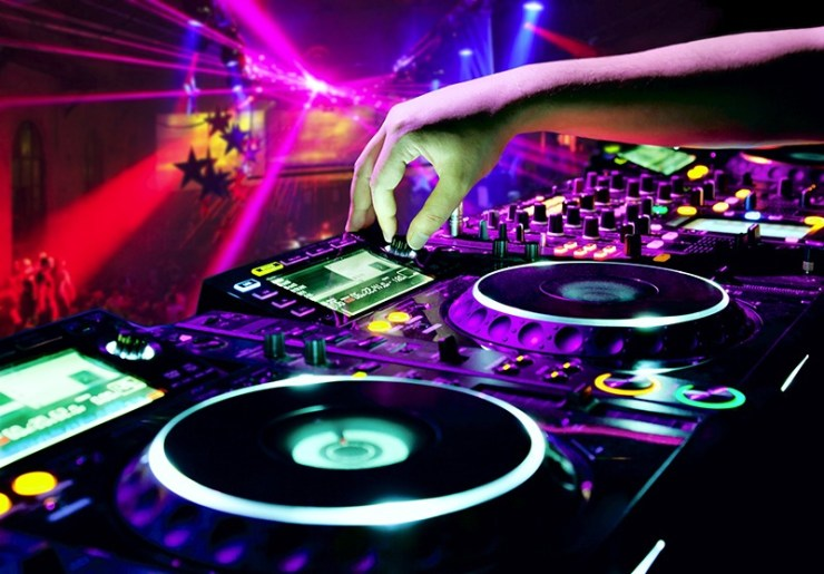 Professional DJs in Los Angeles - Weddings and Nightlife