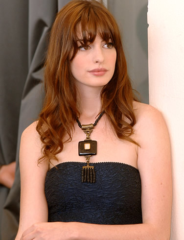 https://i2.wp.com/www.famousnewjerseyans.com/Images/anne_hathaway.jpg
