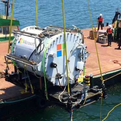 Microsoft experiments with underwater datacenters