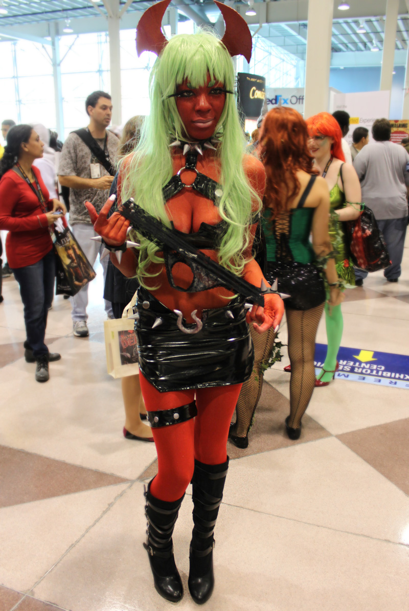 The Most Sexy Cosplayers At New York Comic Con 187 Fanboy Com