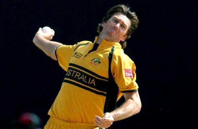 Most Wicket Taker Bowler Glenn McGrath | Top Ten Wicket Taker Bowlers in ODI Cricket | List of Top 10 Highest Wicket Taker Bowlers in ODI Cricket