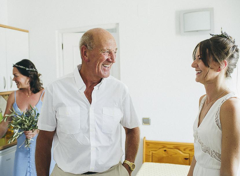 23 padre de la novia feliz