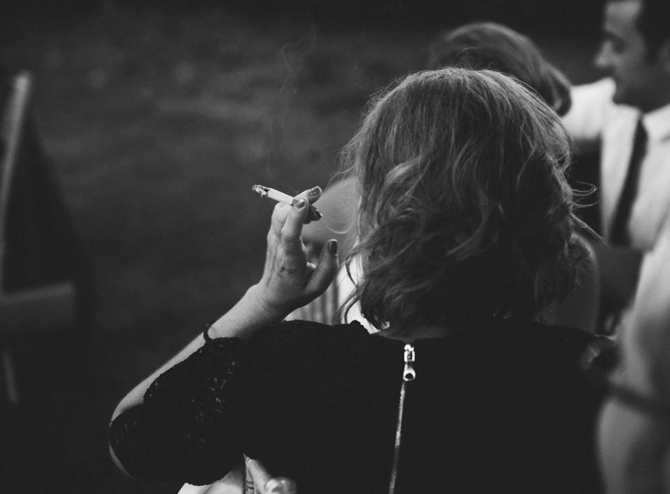 57-fumando-espero-al-hombre-que-yo-quiero-fandi
