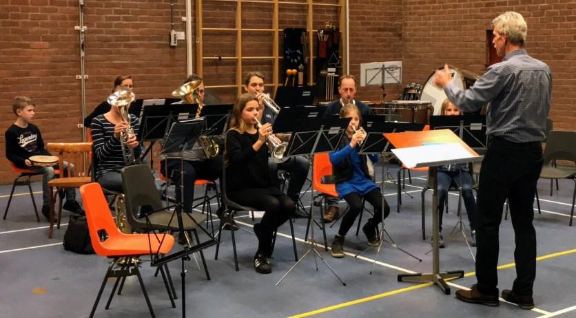 Het jeugdorkest op de Voorspeelavond 2017