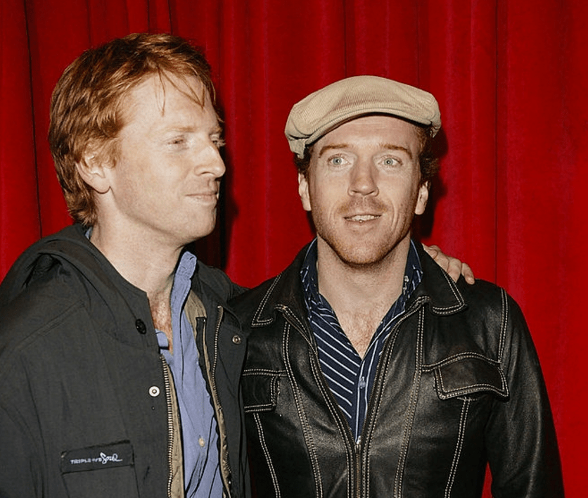 Damian and Gareth Lewis at a movie premiere in 2004, source: Getty Images
